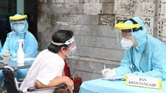 TP.HCM: Thêm đội tiêm vaccine lưu động tại 'vùng đỏ' để mở rộng 'vùng xanh'
