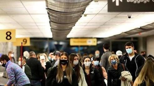 Mỹ sắp cho du khách nước ngoài nhập cảnh