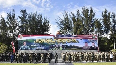 Hàng ngàn binh sĩ Mỹ và Indonesia tiến vào cuộc tập trận 'khủng' phòng thủ biển đảo