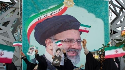 Thách thức của tân Tổng thống Iran: đối nội phức tạp, đối ngoại ngổn ngang