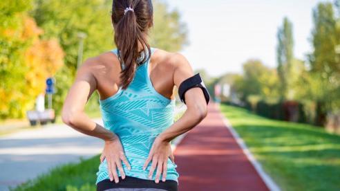 Tại sao bạn bị đau hông khi chạy bộ?