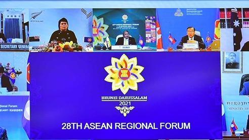 Vấn đề Biển Đông: Nhật Bản tỏ quan ngại, Indonesia kêu gọi giải quyết tranh chấp theo UNCLOS 1982