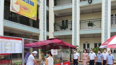 Hà Nội, triển khai các điểm bán hàng lưu động cho người dân trong thời gian giãn cách xã hội theo Chỉ thị 16