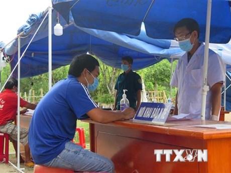 Cuộc chiến chống dịch COVID-19 ở nơi 'hoa vàng cỏ xanh' Phú Yên