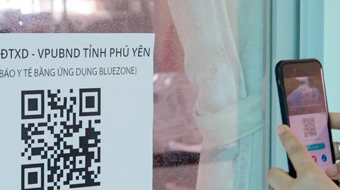 Phú Yên có 1.022 ca Covid-19 xuất viện, hỗ trợ hộ nghèo điện thoại khai báo y tế