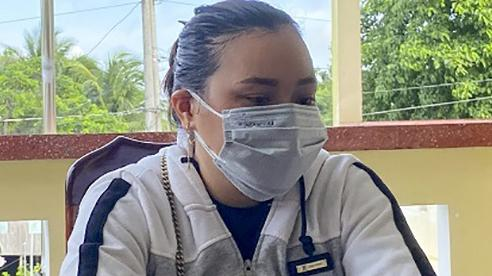 Cô gái bình luận xúc phạm lực lượng chống dịch bị công an mời làm việc