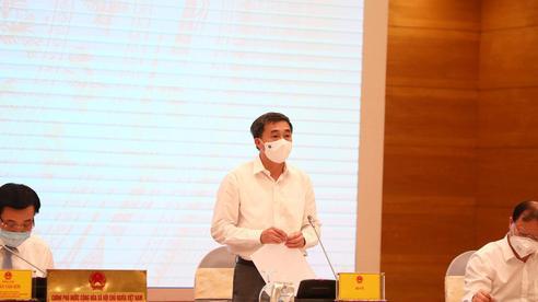 Thứ trưởng Bộ Y tế nói về việc quá tải điều trị bệnh nhân Covid-19