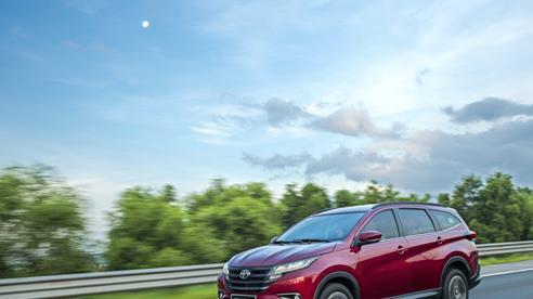 Toyota Rush 2021 chinh phục khách hàng với những đánh giá ngày càng tích cực