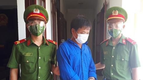 Phạt 9 tháng tù giam với đối tượng chống đối lực lượng phòng dịch