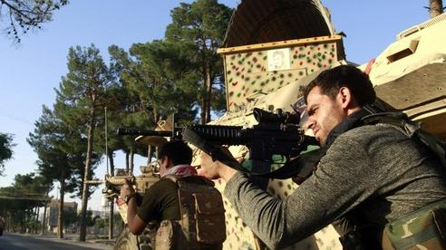 Taliban áp sát thủ đô Afghanistan
