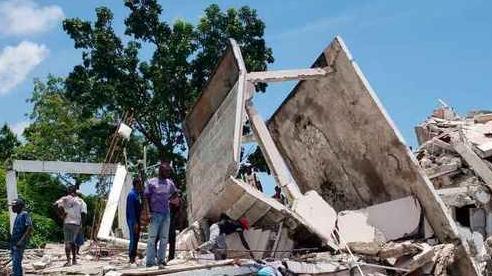 Ít nhất 304 người thiệt mạng sau trận động đất ở Haiti