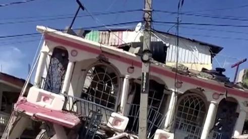 Động đất 7,2 độ richter ở Haiti, 304 người chết, hơn 1.800 người bị thương