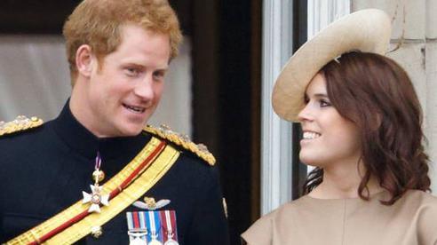 Một người cháu gái của Nữ hoàng Anh có thể 'gặp họa' nếu dính líu đến hồi ký của Hoàng tử Harry