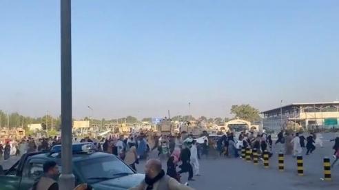 Tình hình Afghanistan: Nhật Bản đóng cửa đại sứ quán, Ấn Độ sơ tán toàn bộ nhân viên ngoại giao