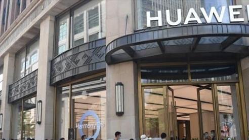 Huawei quyết đoạt lại ngôi vương smartphone