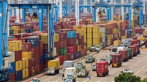 Xuất nhập khẩu Trung Quốc lập kỷ lục mới trong tháng 8