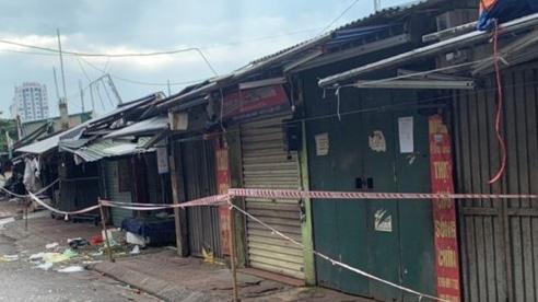 Quận Hoàng Mai: Phong tỏa chợ Đại Từ do liên quan đến ca nghi nhiễm Covid-19
