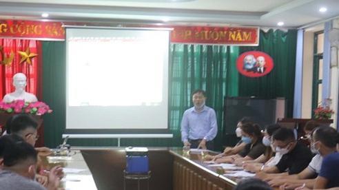 Sơn La điều động 60 cán bộ y tế hỗ trợ huyện Phù Yên chống dịch