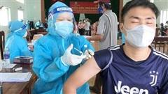 Vì sao người tiêm đủ 2 mũi vaccine Covid-19 vẫn mắc bệnh và tử vong