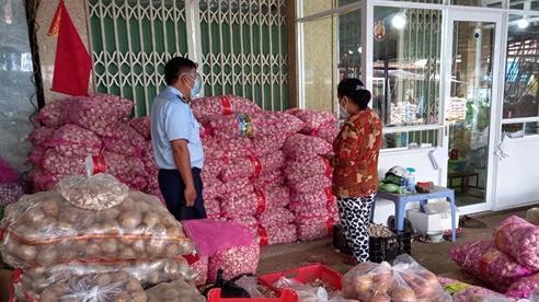 Nhập lậu 4,2 tấn tỏi Trung Quốc, tuồn vào tận miền Nam tiêu thụ