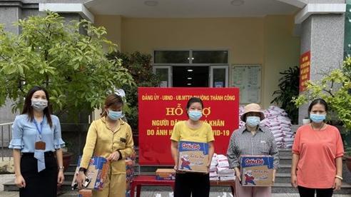 Hà Nội: Người lao động mất việc khấp khởi chờ được trở về quê