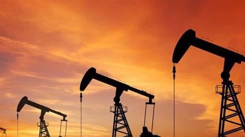 Giá dầu châu Á chạm mức cao nhất trong sáu tuần qua