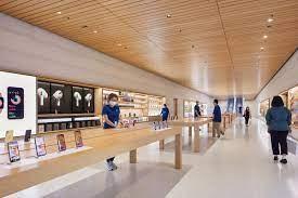 Quản lý 382 cá nhân cung cấp sản phẩm trên Google Play, Apple Store