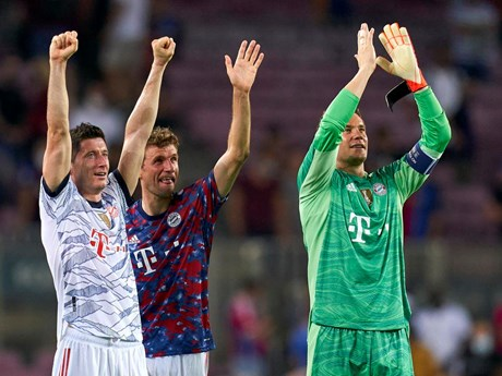 Bayern Munich thắng vùi dập Barcelona ngay tại Camp Nou