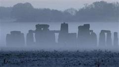 Kỳ quan Stonehenge bắt đầu chuỗi tu sửa lớn nhất trong hàng chục năm