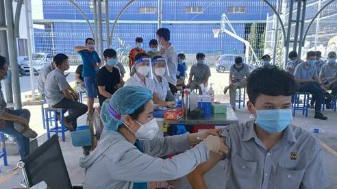 Bình Phước tổ chức tiêm vaccine phòng dịch Covid-19 cho 23.000 người trong đợt 11