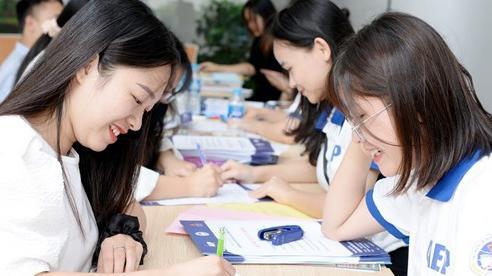 Điểm chuẩn Đại học tăng ngỡ ngàng