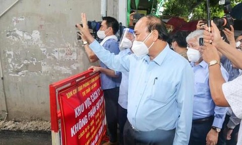 Chủ tịch nước Nguyễn Xuân Phúc gửi thư tới cử tri TPHCM
