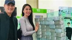 Dân mạng tố Thủy Tiên 'lươn lẹo', đưa chi tiết chứng minh quá khứ Công Vinh nghèo khó sau vụ công bố lịch sao kê tiền từ thiện