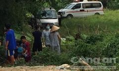Bé trai 7 tuổi chết dưới suối sau 2 ngày mất tích
