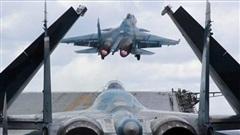 Từng là bảo bối, Su-33 dần bị lu mờ trên tàu sân bay Nga