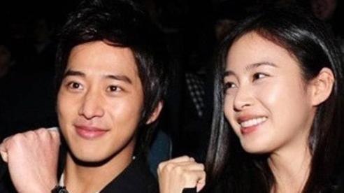 Cậu em trai kém tiếng của Kim Tae Hee: Thời nhỏ bị chị gái đánh vì nghịch ngợm, lấy vợ rồi vẫn chịu cảnh 'núp bóng'