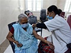 Ấn Độ lập kỷ lục tiêm hơn 20 triệu mũi vaccine trong một ngày