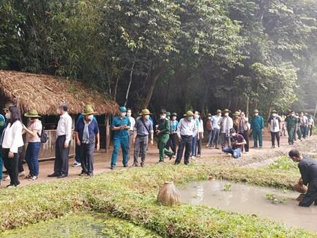 Thành phố Hồ Chí Minh khởi động thị trường du lịch bằng tour về nguồn