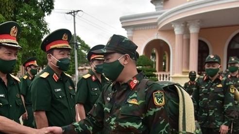 Thầy thuốc Quân đội, Công an lên đường chống dịch tại 4 tỉnh phía Nam