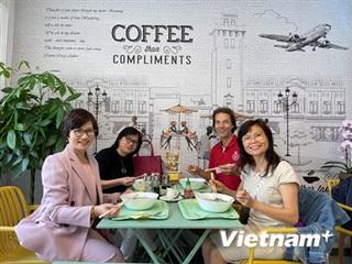 Vợ chồng Việt-Bỉ mang hương vị Việt Nam tới thành phố biển Ostende