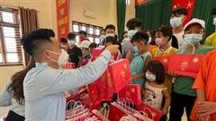 Formosa Hà Tĩnh trao 102 suất quà Trung thu cho trẻ em mồ côi