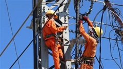 Tiêu thụ điện trên toàn quốc tiếp tục giảm