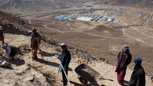 Nga và Trung Quốc quan tâm khối tài nguyên 1.000 tỉ USD của Afghanistan