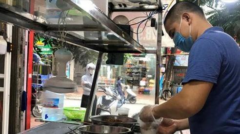 Cửa hàng ăn uống ở TP Hồ Chí Minh mở cửa lại phải đáp ứng tiêu chí nào?