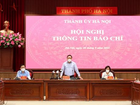Hà Nội từ 21/9: Bỏ kiểm soát giấy đi đường, vẫn học online
