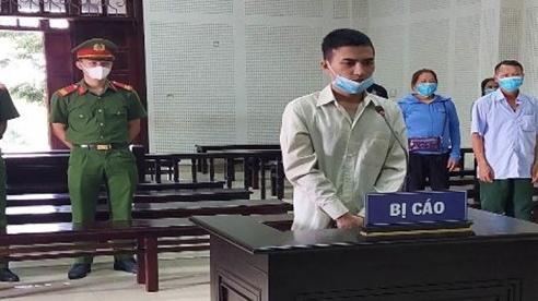 Thanh niên đâm chết người trước quán karaoke ở Quảng Ninh nhận 12 năm tù