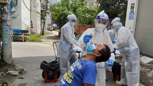 TP Hồ Chí Minh đề xuất Chính phủ hỗ trợ 5.000 người tham gia xét nghiệm