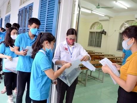 Bộ GD-ĐT tìm 'phao' cứu thí sinh điểm cao trượt đại học