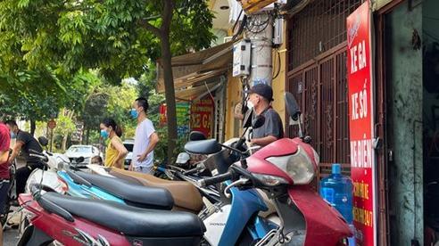 Hà Đông: Nhiều hàng quán hút khách trong ngày đầu nới lỏng giãn cách