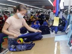 Bình Dương: Doanh nghiệp mong nối lại sản xuất khi 'bình thường mới'